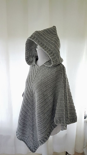 Easy knit poncho patterns | Knitting patterns for beginners