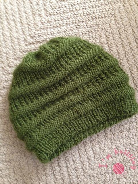 Green knit beanie pattern