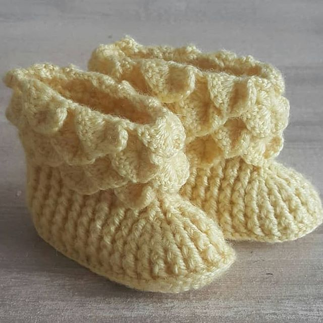 A pattern of sweet knit shoes, always the most loved