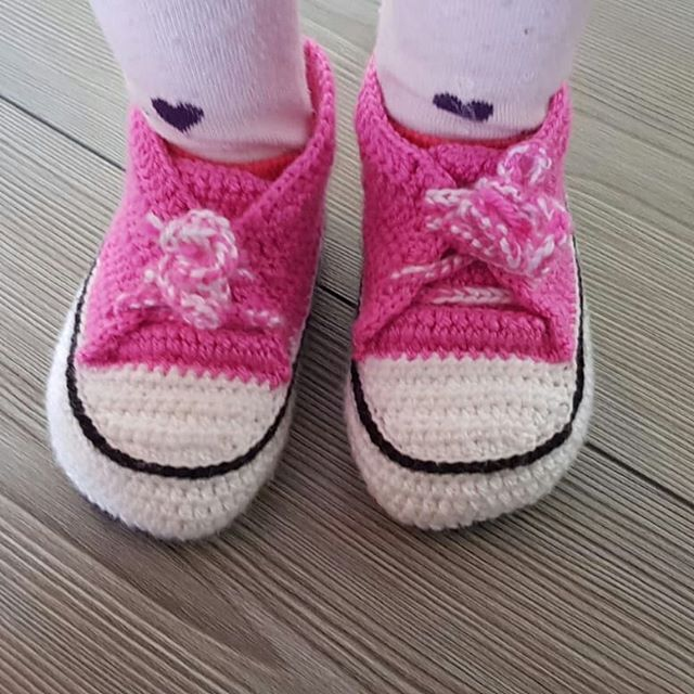 Converse style pink mesh shoes for girls