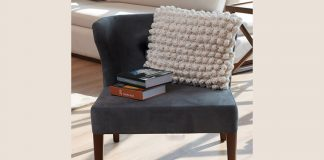 Chunky knitted cushions pattern-main