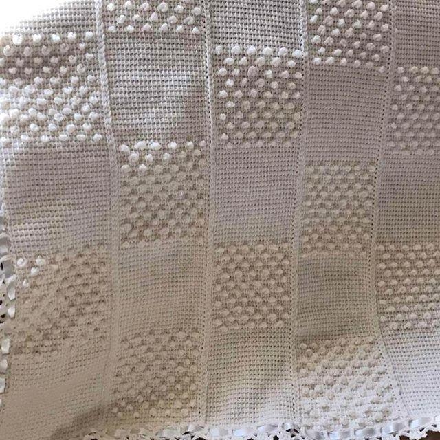 Baby blanket with bubble