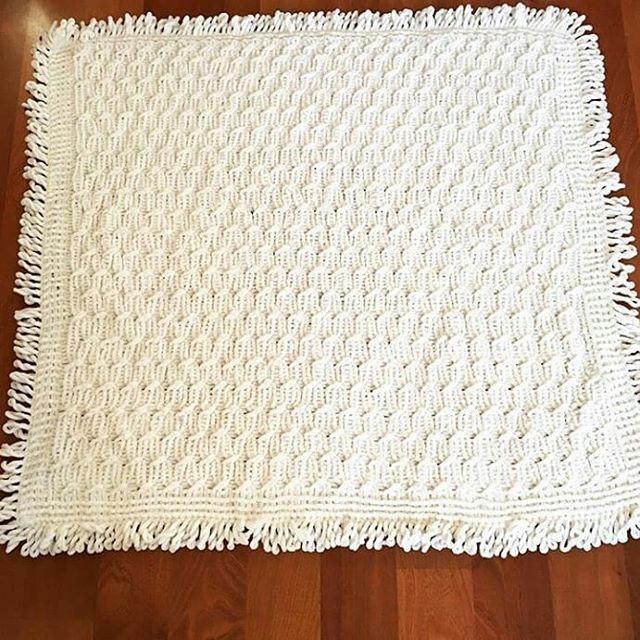 Knit Baby blanket with tassels