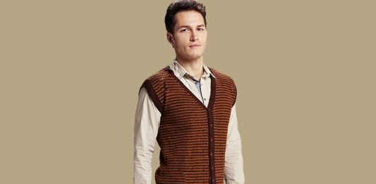 Easy Waiscoat Knitting Pattern For men. Free Mens Vest Pattern