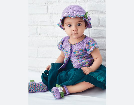 Free Hat, Vest, booties Kitting Pattern