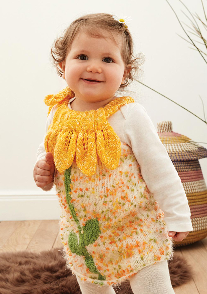Knit baby dress with flower